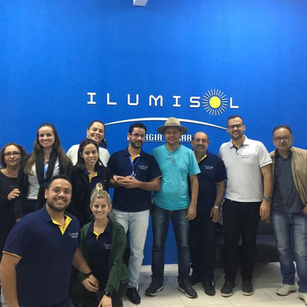 Inaugura em Minas Gerais mais uma Unidade Ilumisol
